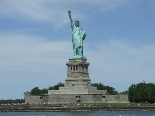 statue_of_liberty_place